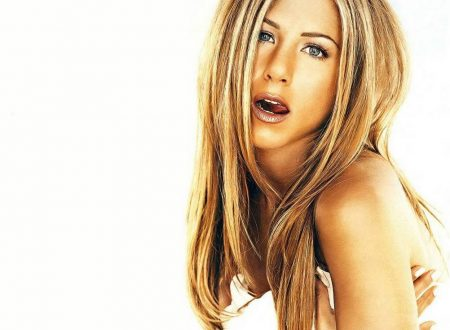 Jennifer Aniston – Wallpaper