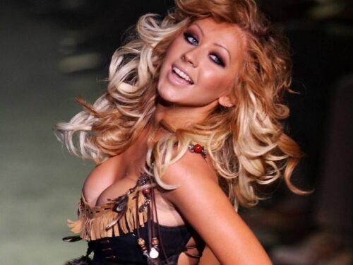 Christina Aguilera – Wallpaper