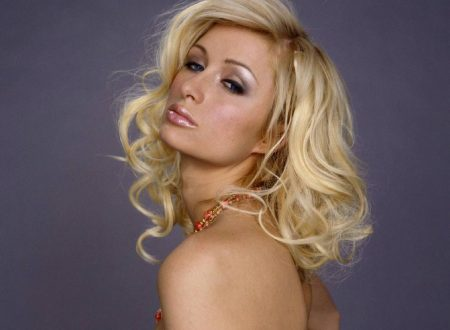 Paris Hilton – Wallpaper