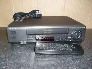SONY SLV-E520 VCR VIDEO RECORDER