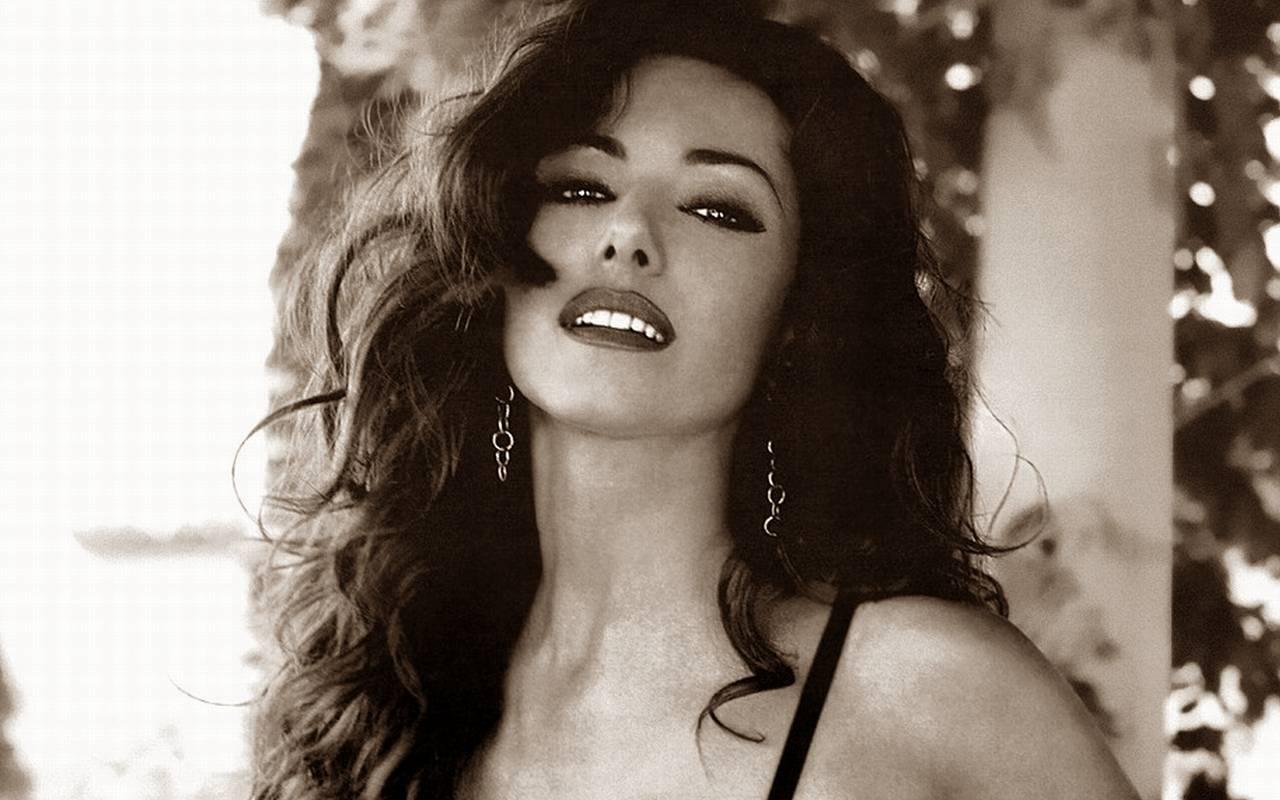 Emanuela Porn Videos amp Sex Movies  Redtubecom