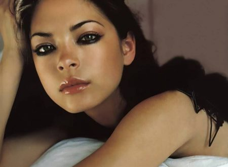 Kristin Kreuk – Wallpaper