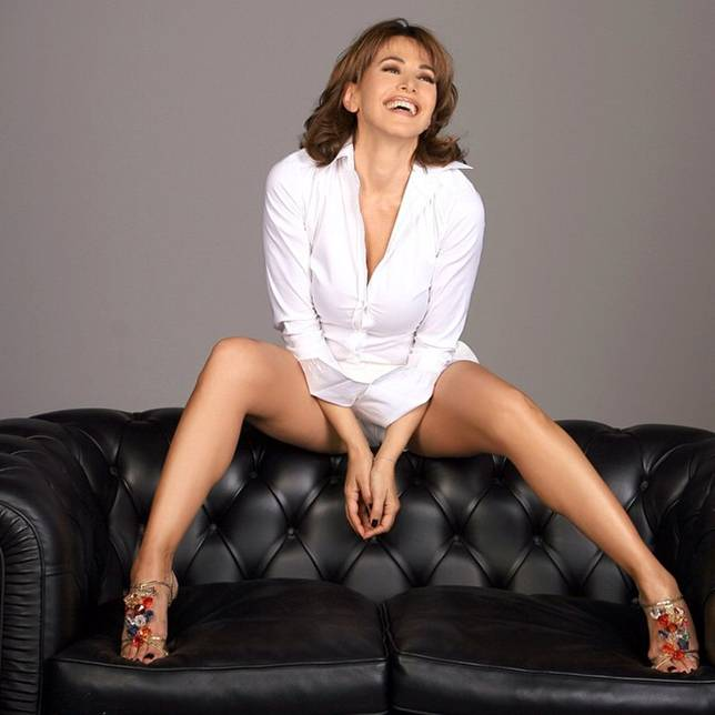 cv-celebrity-photo-collection-354