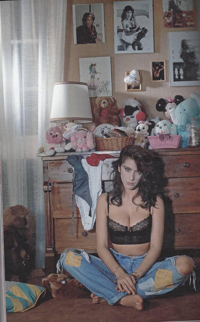 cv-celebrity-photo-collection-768