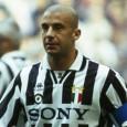 Nella stagione 1992-1993 si trasferisce alla Juventus in cambio di […]